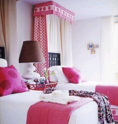 interior design musings: Design Series Tuesday - Canopy Beds {part 3}  Love pops of color. Clean & crisp. Love valance