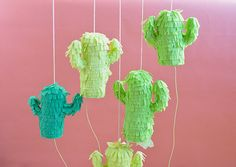 If you love cacti, try these 30 cactus inspired DIY projects! Crafts like these DIY Mini Cactus Pinatas are perfect for summer party decorating. Try it this weekend with your friends! Mini Cactus, Cactus Flower, Decor Crafts, Diy Crafts, Cactus Craft, Mexican Fiesta Party, Cactus Wedding, Happy Birthday, Diy Ideas