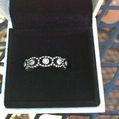 Pandora Her Majesty Clear CZ with Pandora box NWOT - s925 ale 56 Pandora Jewelry Rings