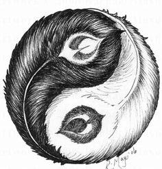 Peacock feathers making a ying yang. Arte Yin Yang, Ying Y Yang, Yin Yang Art, Yin And Yang, Tatuajes Yin Yang, Yin Yang Tattoos, Best Friend Tattoos, Sister Tattoos, Shing Shang
