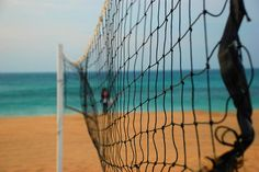 I need a volleyball net!!!!!!! BAD! My school volleyball season ended and im having withdrawl symptoms