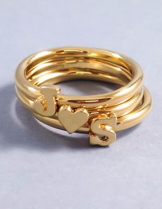 Custom Initial Heart Ring - Stackable Initial Ring - Dainty Letter Ring - Custom Stacking Name Jewelry Gold, Rose Gold, Silver Couple Rings Gold, Gold Rings, Gold Gold, Gold Jewelry, Jewelry Rings, Custom Jewelry, Jewellery, Gold Ring Designs, Name Rings