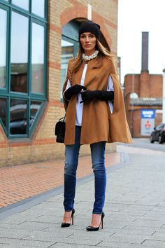 Zara Cape | Chic  simple…. (by Magdalena Knitter) | LOOKBOOK.nu