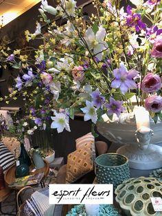 Bouquets de fleurs et feuillages artificiels aux couleurs pastel, à venir découvrir chez Esprit fleurs à Compiègne. Boutique Esprit, Bouquets, Plants, Pastel Colours, Bunch Of Flowers, Bouquet, Bouquet Of Flowers, Flora, Plant