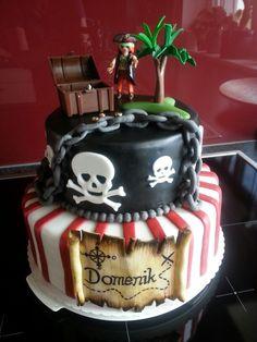 Prachtige piraten taart voor een spetterend piratenfeest.