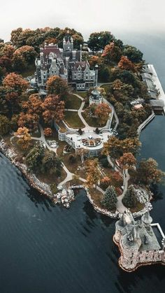 Boldt Castle in the Thousand Islands, NY. One of my favorite places that I have … Boldt Castle in the Thousand Islands, NY. One of my favorite places that I have ever visited Beautiful Castles, Beautiful Places, Beautiful Buildings, Amazing Places, Wonderful Places, Thousand Islands, Work Travel, Travel Bag, Business Travel
