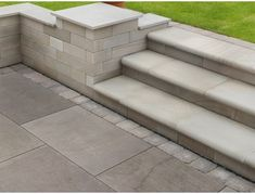 Buy ethically sourced Fairstone Flamed Narias Stone Garden Paving from Turnbull to spruce up your garden. Patio Design, Exterior Design, Garden Design, Limestone Patio, Small Patio Spaces, Garden Paving, Garden Landscaping, Patio Slabs, Gardens