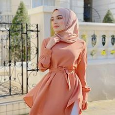 Arab Girls Hijab, Muslim Girls, Muslim Women, Hijabi Girl, Girl Hijab, Hijab Outfit, Modest Fashion Hijab, Hijab Casual, Fashion Outfits