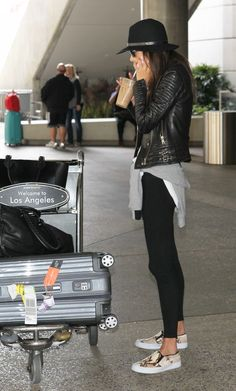 Travel style with leggings and leather