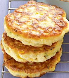 Sweet corn & zucchini fritters:  1 1/2 cups self-rising flour 1 cup milk 2 eggs 2 corn cobs, kernels removed 1 zucchini, grated oil for shallow-frying Whisk flour, eggs and milk together until smooth. Add corn and zucchini. Fry until golden, flip and repeat.