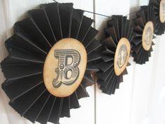 BOO Pinwheel Rosette Halloween Banner Garland from valeriepaperie on Etsy. Saved to Valerie Paperie. Halloween Garland, Fall Halloween, Happy Halloween, Halloween Decorations, Halloween Ideas, Retro Party, Tea Stains, Paris Theme, Fireplace Mantle