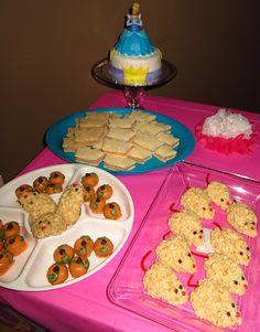 Cinderella Party ideas, the rice crispy treats are adorable Themed Birthday Cakes, Birthday Parties, Birthday Ideas, Birthday Crowns, Birthday Bash, Cinderella Birthday, Cinderella Theme, Baby Girl Birthday, Princess Party