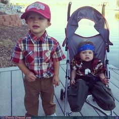Cutest halloween costume ever! Forest gump and lieutenant  dan