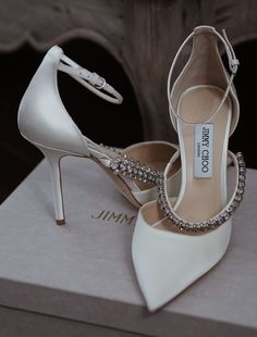 Bridal Wedding Shoes, Wedding Shoes Heels, Dream Shoes, Crazy Shoes, Pretty Shoes, Beautiful Shoes, Jimmy Choo Shoes, Marie, Girly