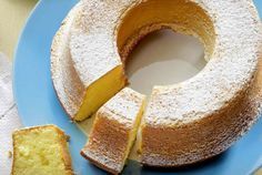 Bizcocho de limón Thermomix Biscuits, Thermomix Desserts, Food N, Cornbread, Doughnut, Cake Recipes, Sweets, Meals, Cooking