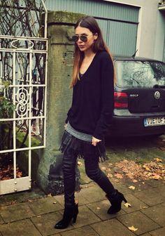 It's very rare that I do an entire post on a sole person, but Maja Wyh is an exception. Aside form the fact that I personally really love her outfits, I actually think that she is a great exa… Cozy Fashion, Daily Fashion, Fashion Outfits, Leather Fashion, Women's Fashion, Maja Why, Mein Style, Layering Outfits, Street Style