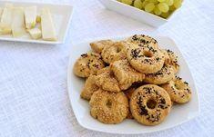 cretangastronomy.gr - Αλμυρά μπισκότα ή κουλουράκια (VIDEO) Bagel, Macarons, Bread, Cookies, Desserts, Food, Videos, Crack Crackers, Tailgate Desserts