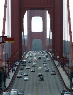 SideCar is coming and taxi services may take notice in environmentally aware towns. San Francisco Taxis Put on Notice with Peer-to-Peer Ridesharing Service - Technology - GOOD Delhi Airport, Haridwar, Dehradun, Shimla, Rishikesh, Golden Gate Bridge, Taxi, San Francisco, Architecture