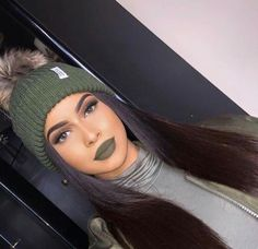 make-up lipstick lip gloss lips face makeup Makeup Goals, Love Makeup, Makeup Inspo, Beauty Makeup, Hair Beauty, Girls Makeup, Makeup Ideas, Makeup Hacks, Green Makeup