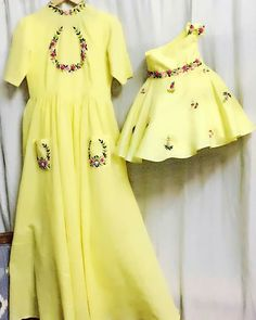 Now customize your baby mummy outfit from vastrakosh at afforfable price with best quality of fabric at your door step. Mommy Daughter Dresses, Mom And Baby Dresses, Mother Daughter Dresses Matching, Mother Daughter Fashion, Mom Daughter, Girls Dresses, Red Lehenga, Lehenga Choli, Bridal Lehenga