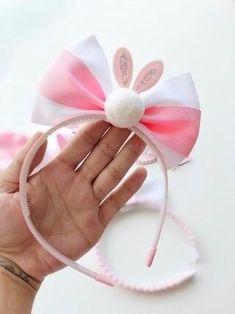 Easter bunny ears hair bow headband clip pastel by SplendidBee - Salvabrani Bunny Ears Headband, Ear Headbands, Diy Bow, Diy Hair Bows, Felt Bows, Ribbon Bows, Rainbow Headband, Diy Hair Accessories, How To Make Bows