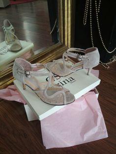 Nude  Νυφικά παπούτσια Bridal Shoes, Nude, Bride Shoes Flats, Bride Shoes