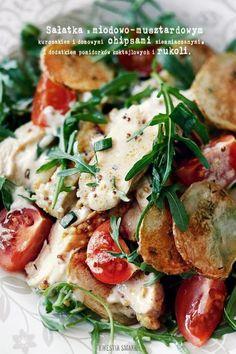 Sałatka z kurczakiem miodowo-musztardowym - Adrian's Fast Good Food:-) Appetizer Recipes, Salad Recipes, Healthy Recipes, Parsley Recipes, Good Food, Yummy Food, Greens Recipe, Italian Recipes, Food And Drink