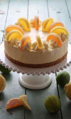 Raikas juustokakku   Maku Maple Cake, Just Eat It, Cake Business, Piece Of Cakes, Something Sweet, Cheesecakes, No Bake Cake, Cake Recipes, Cake Decorating
