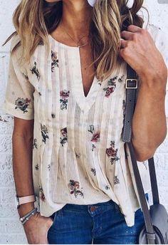 Boho Life Floral Blouse – Slim Wallet Company