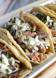 Barbecue Pork Tacos are made in the slow cooker and topped with a honey mustard slaw. Barbecue Pork Tacos with Honey Mustard Slaw - Barbecue Pork Tacos with Honey Mustard Slaw Pork Recipes, Mexican Food Recipes, Crockpot Recipes, Cooking Recipes, Healthy Recipes, Ethnic Recipes, Barbecue Recipes, Dinner Crockpot, Barbecue Ribs