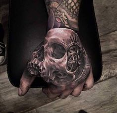https://www.facebook.com/tattoos1/photos/a.131486945501.105580.28896995501/10153005193815502/?type=3