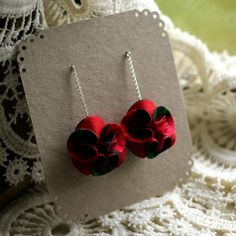 These adorable stud earrings are made from recycled fabrics and silver. Recycled Fabric, Red Black, Crochet Necklace, Stud Earrings, Silver, Image, Jewelry, Fashion, Moda