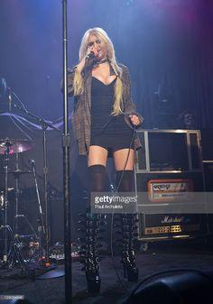 Taylor Momsen ✾ of The Pretty Reckless Taylor Michel Momsen, Taylor Momsen Style, Pretty Reckless, Fashion Moda, Girl Fashion, Princesa Punk, Taylor Monsen, Rocker Girl, Mein Style