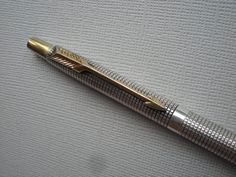 Your place to buy and sell all things handmade Parker Pens, Parker Sonnet, Vintage Pens, Pen Refills, Rollerball Pen, Writing Instruments, Penne, Ballpoint Pen