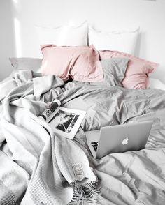 Sweet dreams my lovelies | Grey and blush paradise bedroom of @kristinsundberg by immyandindi
