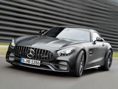 Mercedes-AMG GT C: Die GT-Familie erhält ein neues Mitglied und mehrere Updates