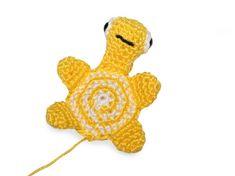 Háčkovaná želvička   Korálky.stoklasa.cz Tweety, Crochet Hats, Fictional Characters, Knitting Hats, Fantasy Characters
