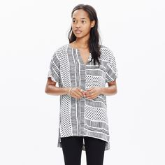NEW! Madewell Tunic Tee in Wavedot Never worn, and can't return because I pulled the tags off! A sleek tunic-length top with a notched neckline and high side slits, in a geometric print that's both low-key and easy to dress up (just how we like it).   •True to size. •Rayon. Madewell Tops