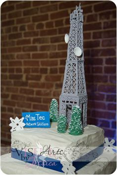 Corporate Cakes, tailored to your company theme.