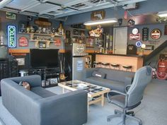 This has it all! Garage Game Rooms, Garage To Living Space, Man Cave Garage, Living Spaces, Garage Closet, Bar In Garage, Car Garage, Home Garage, Garage Party