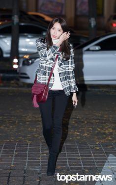 [HD포토] 소녀시대(SNSD) 윤아 등장부터 눈이 부시네 #topstarnews
