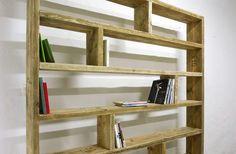 Bücherregale - Bücherregal aus altem Bauholz Regal 200 x 200 - ein Designerstück von up-cycle bei DaWanda