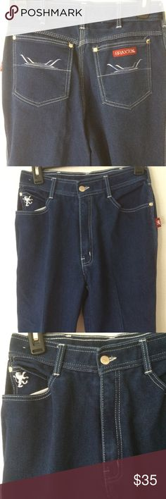 """Braxton Mom Jeans Size 14 Dark Blue Stretch Vintage Braxton High Waisted Mom Jeans  Size: 14   Material  - 43% Cotton  - 29% Rayon  - 28% Polyester  Excellent Used Condition  Waist - 13"""" flat or 26"""""""" circumference   Inseam - 30""""  Hip - 16"""" flat or 32"""" circumference  Front Rise - 11""""  Thigh: 7"""" flat or 14"""" circumference  Leg Opening - 7"""" flat or 14"""" Circumference Braxton Jeans Straight Leg"""