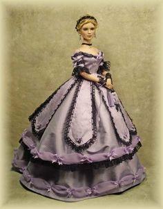 CRAWFORD MANOR Doll..12.21.3 ....47...12.21.3 qw2