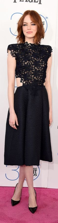 Emma Stone in a Fall 2015 Monique Lhuillier LBD.