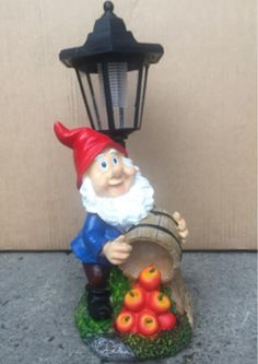 Maison U0026 Garden   Gnome With Fruit Solar Powered Garden Ornament