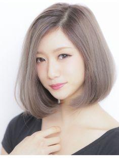 Girl Short Hair, Short Hair Cuts, Medium Bob Cuts, Hair Inspo, Hair Inspiration, Medium Hair Styles, Short Hair Styles, Bob Hair Color, Bob Hairstyles