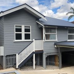 Workers Cottage in Toowong bought back to life - Neilsen's Painting - House Painting Brisbane Fifty Shades Of Grey, House Painting, Brisbane, Garage Doors, Cottage, Building, Outdoor Decor, Stuff To Buy, Life