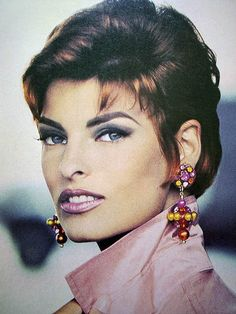 Linda Evangelista- '90's - this hairstyle still works 20 years later!