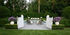 Love this outdoor living space by Robin Kramer Garden Design...